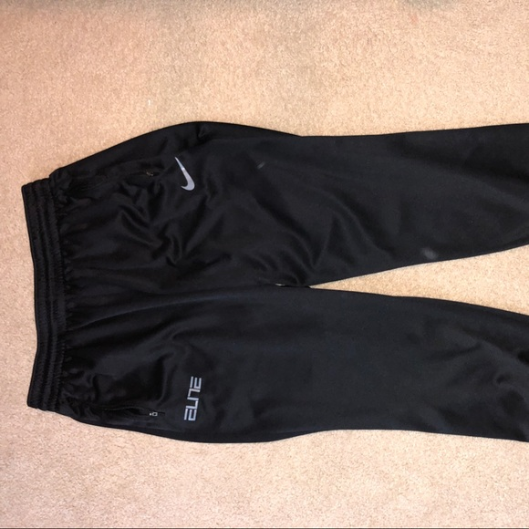 09a2e7401590 Nike Elite Men s Sweatpants !!! M 5ac26c6ba4c485865ce79fe7